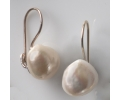 Classic Vintage Style Gold Earrings Featuring a White Pearl