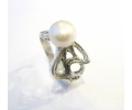 Silver Vintage Pearl Ring side view