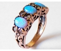 Gold Vintage Ring with Opal