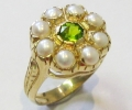Vintage Style Gold Ring with Peridot and Pearls