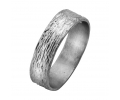 Vintage white gold wedding ring with a natural design