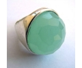 A beautiful ocean green color antique style ring