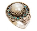 Silver Vintage Ring with a Pearl and Opals side view